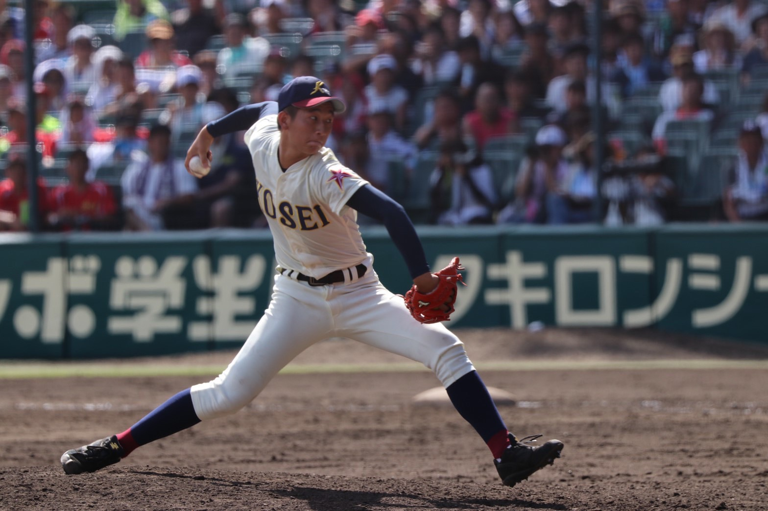 八戸学院光星・山田怜卓投手が来院されました